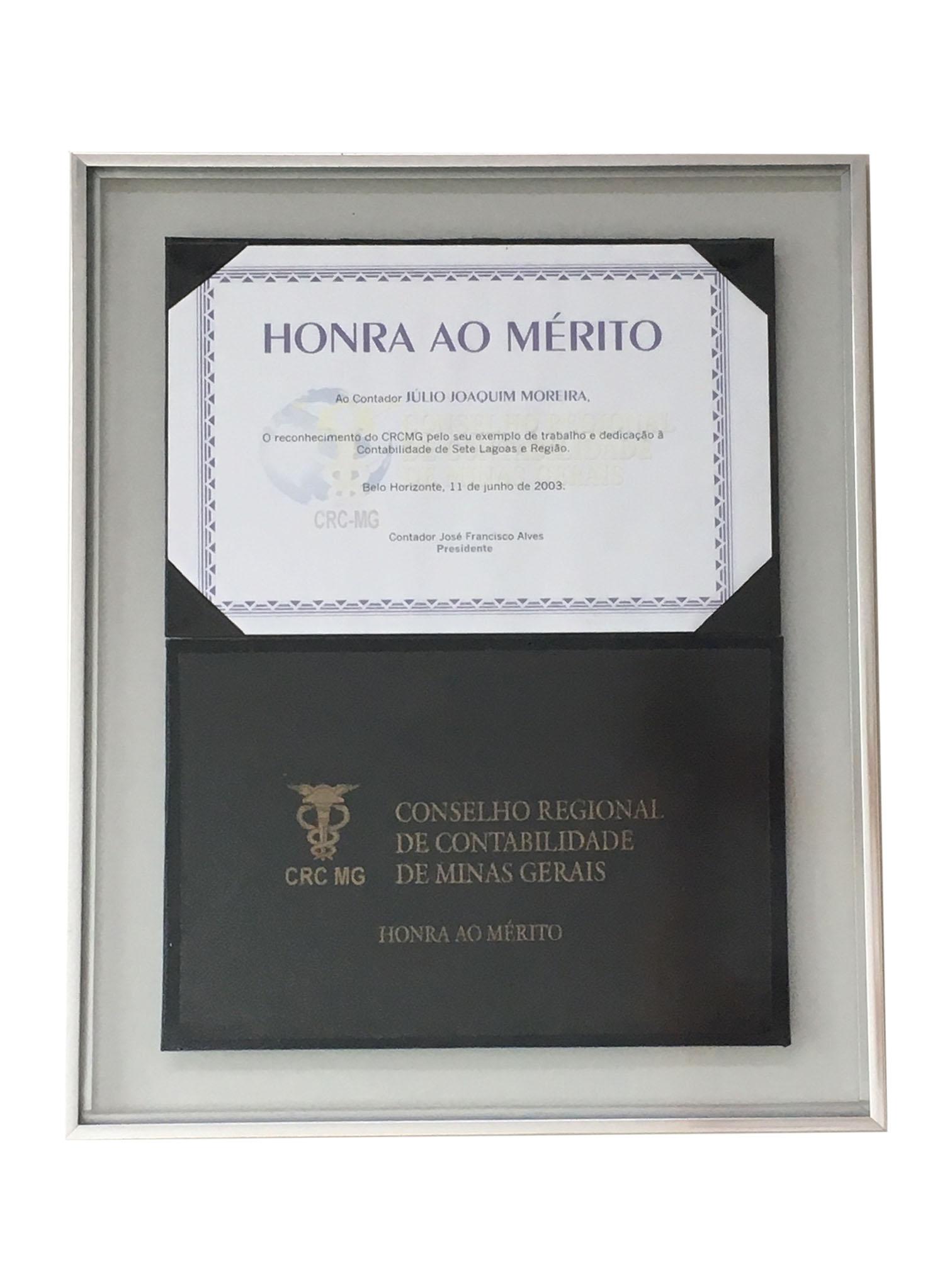 O Escritório Júlio Moreira foi escolhido, pelo CRC MG (Conselho Regional de Contabilidade de Minas Gerias), como o melhor escritório de contabilidade de Minas Gerais, em 2003